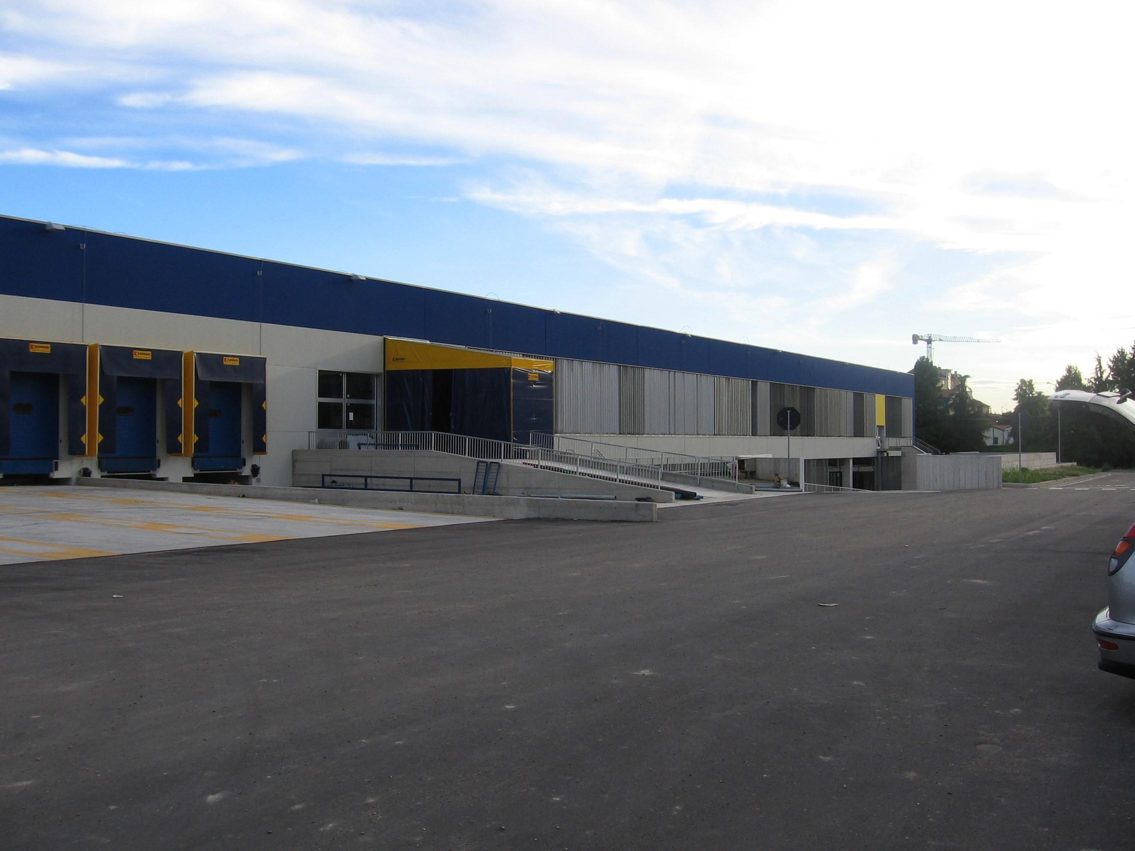 7. Vista esterne del centro di meccanizzazione postale: lavori ultimati