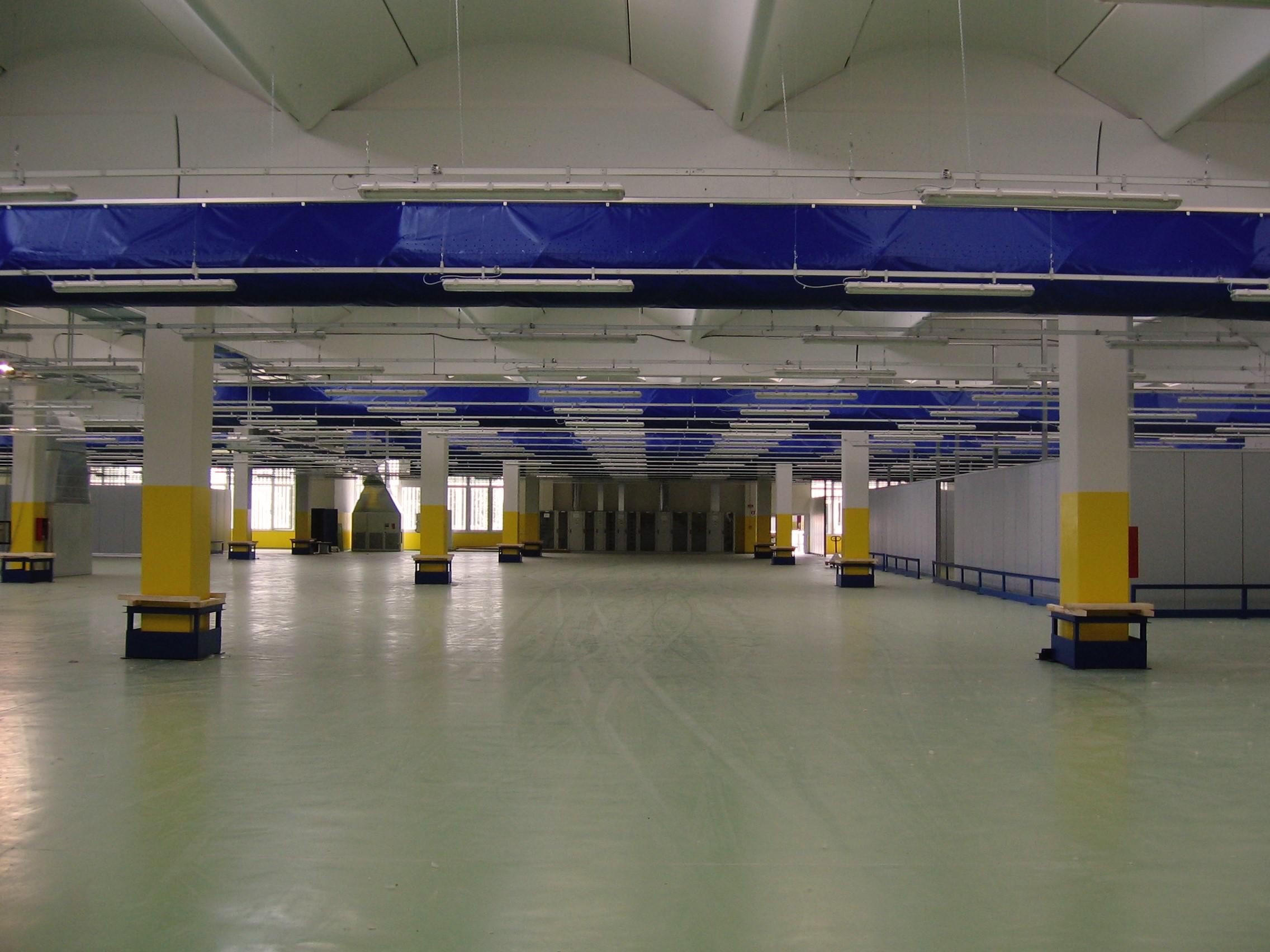 8. Vista interna del centro di meccanizzazione postale: lavori ultimati.