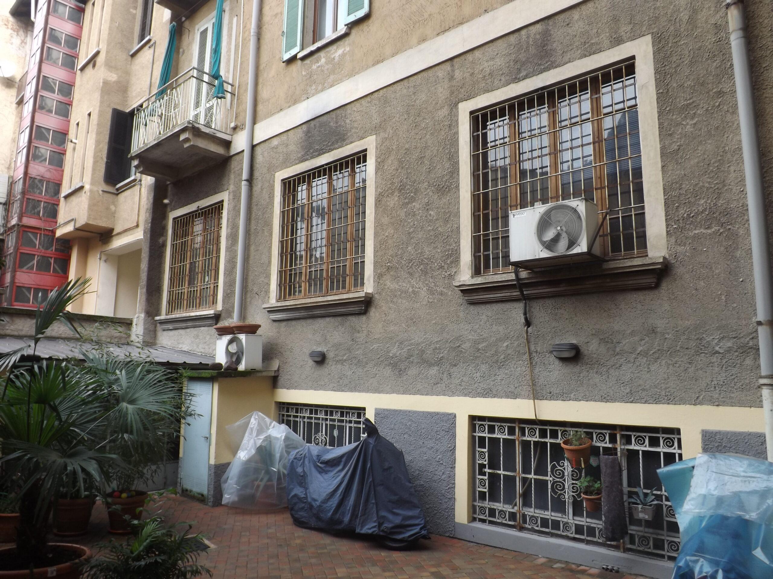 2. Prospetto della facciata di cortile, vista particolare del piano terra: stato di fatto.