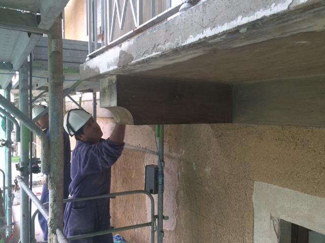 6. Ripristino di sottobalconi: lavori in corso.